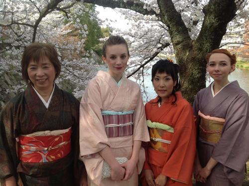 Ma belle-mère et moi-même portions des Oshima Tsumugi, ma belle soeur Chiyako un Edo Komon et Ophélie un Iromuji