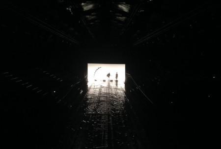 Répétition du défilé Issey Miyake à l'espace éphémère des Tuileries