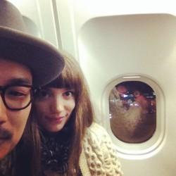 Dans l'avion vers Paris