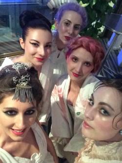 Selfie backstage à l'hôtel Fairmont!